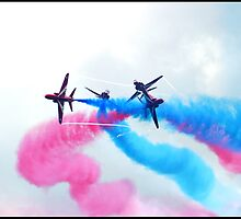 Red Arrows by procapture
