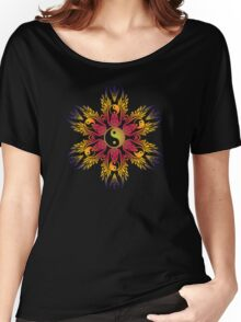 yingyang circle Women's Relaxed Fit T-Shirt
