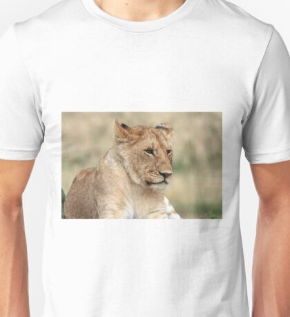 Lioness - Masai Mara - Kenya Unisex T-Shirt