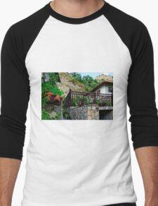 A country house in rural Bulgaria Men's Baseball ¾ T-Shirt