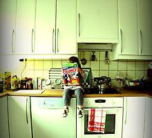kitchen crunch-kin. by x99elledge