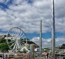 Torquay Harbour Footbridge by atomov