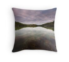 Sea Weed Flow Throw Pillow