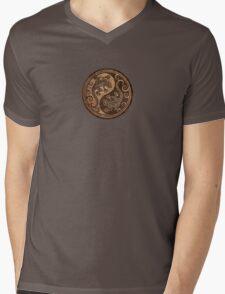 Rough Wood Grain Effect Yin Yang Geckos Mens V-Neck T-Shirt