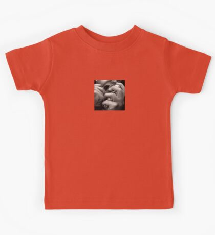 Giving Everything, Passionate Singer Oil Painting Kids Tee
