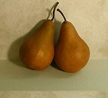 A Pair of Pears by noffi