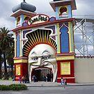 Luna Park by Ajmdc