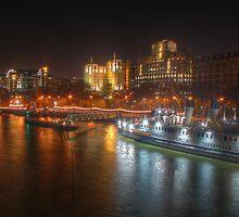 Waterloo Bridge Boat by A90Six