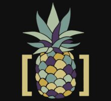 Reddit r/trees Pineapple in Brackets Design T-Shirt