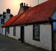 The Auld Hoose Bar In Kincardine by Alan Findlater
