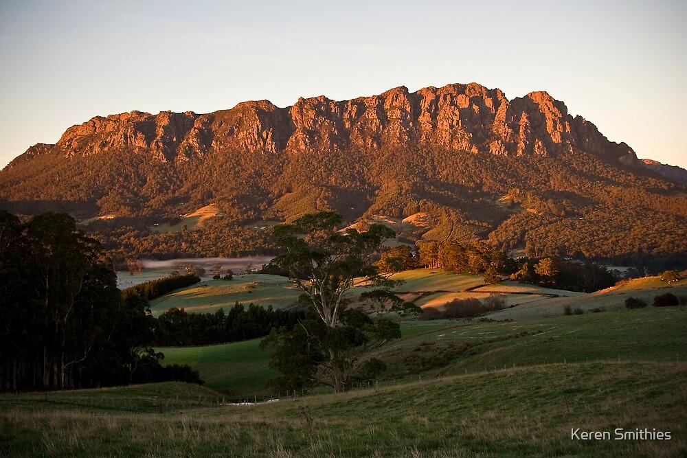 Mt Roland by Keren Smithies