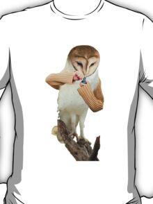 A Barn Owl smoking a Bowl T-Shirt