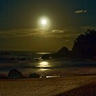 Full Moon by Rodney Wratten
