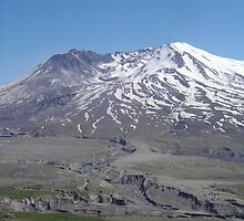 Mt St Helens by Christian Montes