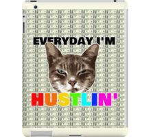 Everyday I'm hustlin' (cat version) iPad Case/Skin