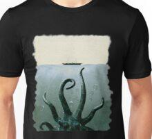 cthulhu in deep sea Unisex T-Shirt