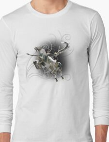 Final Fantasy XIII-2 - Lightning (Claire Farron) and Odin Long Sleeve T-Shirt