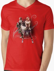 Final Fantasy XIII-2 - Lightning (Claire Farron) and Serah Farron Mens V-Neck T-Shirt