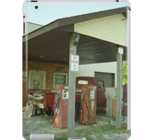 Route 66 - Henry's Rabbit Ranch iPad Case/Skin