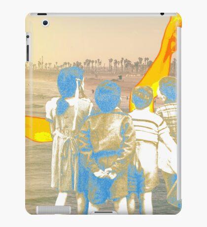 Voyeurisme iPad Case/Skin