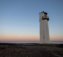 Southerness Lighthouse Moonrise at Sunset by derekbeattie