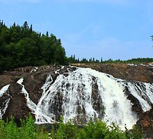 Gorgeous falls by Kelly  McAleer