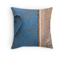 Love at the door Throw Pillow