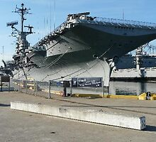 USS Hornet aircraft carrier at San Francisco, usa by chord0