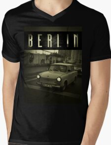 BERLIN VINTAGE Mens V-Neck T-Shirt