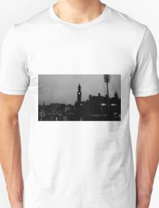 Black and White City Silhouette Unisex T-Shirt
