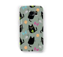 Black cat playing Samsung Galaxy Case/Skin