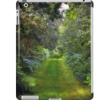 Green Lush English Avenue iPad Case/Skin