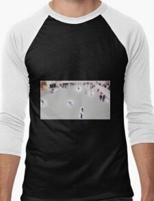 Digital Ice skaters Men's Baseball ¾ T-Shirt