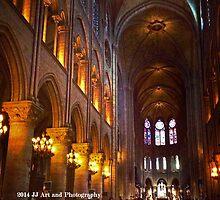 France - Notre Dame Interior by jezebel521