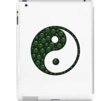 Green and Black Yin Yang With Bubble Texture iPad Case/Skin