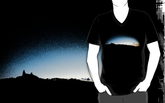 Trosky at dusk, Czech Republic (T-Shirt) by Lenka