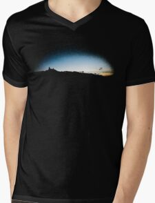 Trosky at dusk, Czech Republic (T-Shirt) T-Shirt