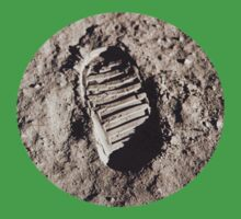Most famous footprint ever. Astronaut moon mission. Kids Clothes