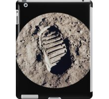 Most famous footprint ever. Astronaut moon mission. iPad Case/Skin