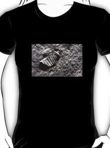 First moon footprint. T-Shirt