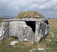 Parkabrinna wedge tomb by John Quinn
