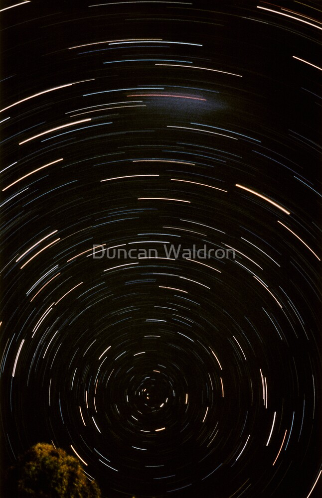 Stars Around South Celestial Pole by Duncan Waldron