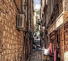 Dubrovnik Alley by Tom Gomez