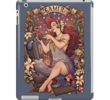 Gamer girl Nouveau iPad Case/Skin