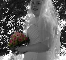 The Smiling Bride by simonj