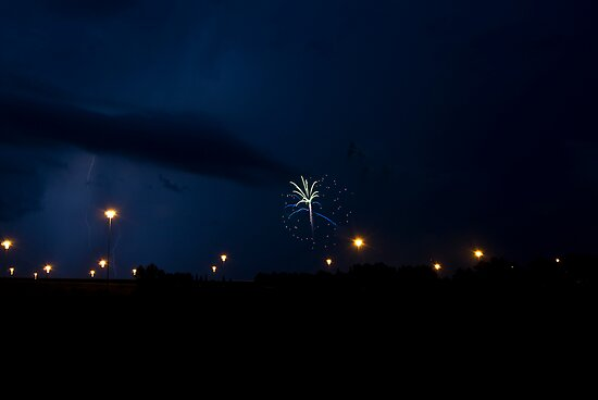 Mother Nature's Fireworks 2 by MKWhite