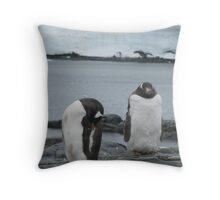 Penguin I Throw Pillow