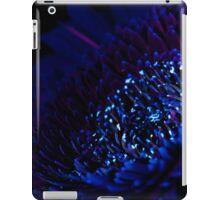 UV Induced Bio-luminescence 4 iPad Case/Skin