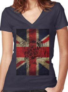 Union Jack Punk Skull - outline Women's Fitted V-Neck T-Shirt