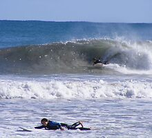 Grommie barrell at Mullaloo by gamo